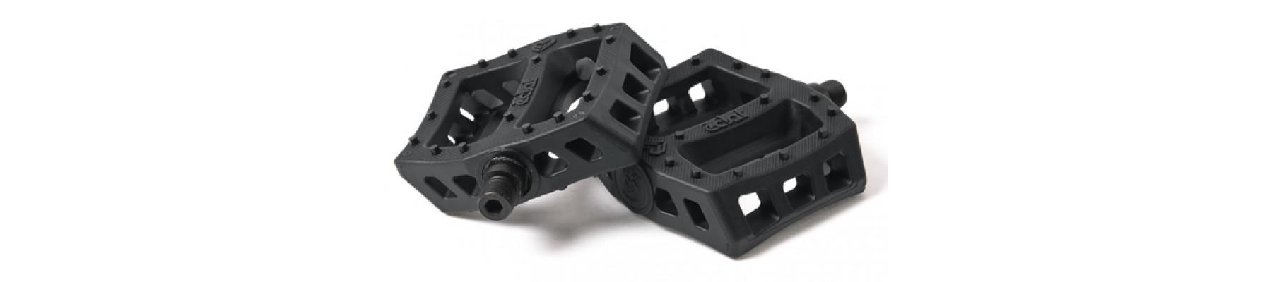 Eclat Surge Plastic pedals Black