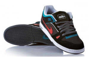 NIKE 6.0 Zoom Oncore 2 MdnghtF