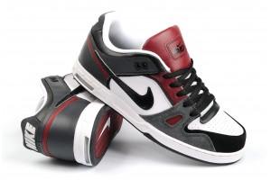 Nike 6.0 Zoom Oncore2 BlackRedDrkShw