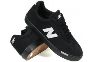 New Balance NM22 Black