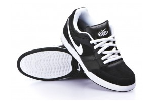 Nike 6.0 Zoom Primo BlWh